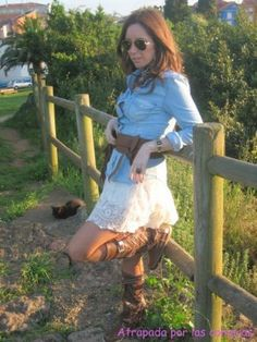 alicia244925 Outfit   Primavera 2012. Combinar Botas Marrones Hector Riccione, Falda Blanca F