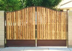 RV gate - KP Iron/wood Bell arch Single