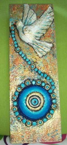 Nazar boncuğu güvercin Evil Eye Art, Van Gogh Art, Fish Sculpture, Stone Crafts, Dot Painting, Pebble Art, Stone Art, Mosaic Art, Painting Techniques