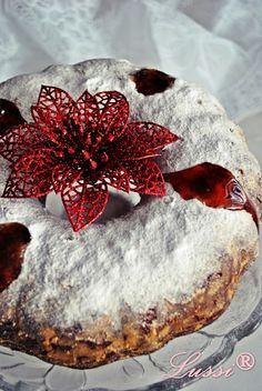 Bundt cake with jam recipe / Christmas