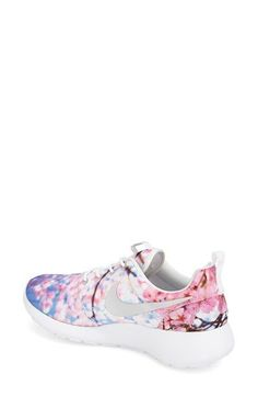 Nike Roshe Run - love this print