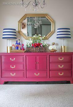 I like the lamps. Do NOT like pink dresser.