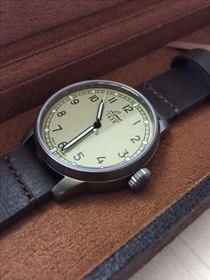 Vintage Suedette carry case for the new Laco Used look pieces - very apt indeed. #Laco #watches