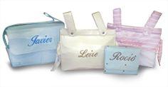 Bolsos y Paneras bordadas con el nombre del bebé