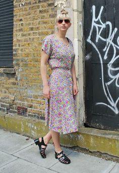 Vintage 90's Pink Floral Midi Dress #pinkdress #vintagedress
