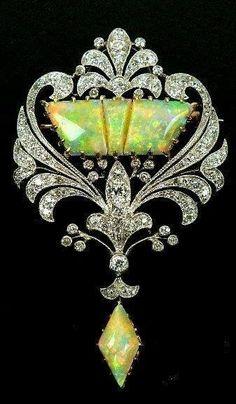 BEAUTIFUL ANTIQUE DIAMOND NECKLACE!