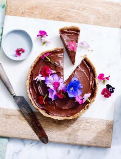 Raw Chocolate & Avocado Tart   Baking   MiNDFOOD