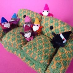 New arrivals from IN, MD, and the UK are getting cozy with Grouchy Couch! #projectgnomediplomacy