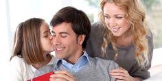 Γιορτή του πατέρα: Απίθανες ιδέες για να φτιάξετε με τα παιδιά το δώρο του μπαμπά Presents For Dad, Unique Presents, Gifts For Dad, Unique Gifts, Great Father, You Are The Father, Christmas Gifts For Mom, Christmas Greeting Cards, Magical Christmas