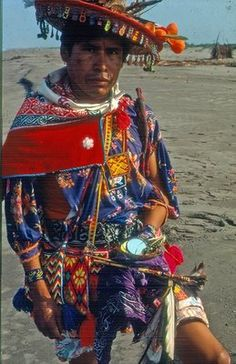 Huichol shaman, Mexico.  http://streetshamans.com
