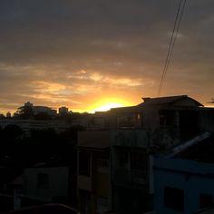 Por do sol da porta de casa  Lindo de mais by fernandespaulla