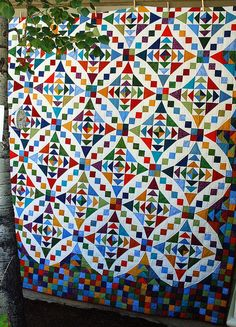 Chain of Events Quilt by Amy of Amy's Creative Side. Pattern designed by Carolyn Griffin for Far-Flung Quilts.