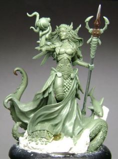 Dark-Sword-DSM-6501-Marike-Guardian-of-the-Sea-1-Miniature-Female-Sorceress