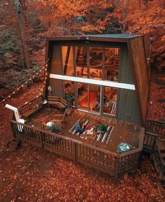 40 One of the Most Incredibly Overlooked Systems for Tiny House Design Exterior Tiny House Ideas Design Exterior House Incredibly Overlooked Systems Tiny Tiny House Cabin, Tiny House Design, Cabin Homes, Cabins In The Woods, House In The Woods, Metal Building Homes, Building A House, A Frame House, Forest House