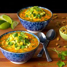 Roasted Red Pepper & Chicken Coconut Curry w/ Avocado-Mango Relish - thecafesucrefarine.com