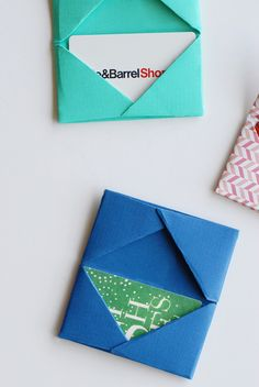 Paper folded gift card holder - what a fab idea!