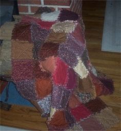 """""""RAG QUILTS"""" are also known as """"RAGGEDY QUILTS"""" or """"Ragged quilts."""" They are fun, easy, and very rewarding to make.  Combining vintage fabrics, homespun fabrics, 100 % cotton fabric, and soft flannels give the best results in creating a beautiful and soft RAG QUILT.  Raggedy Quilts or Raggedy Quilt Throws edges are frayed and they are soft and warm."""