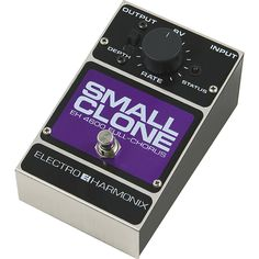EHX Small Clone chorus. Been thinking of getting one for a while to round off the board. Still in the box, can't wait to get this classic home.
