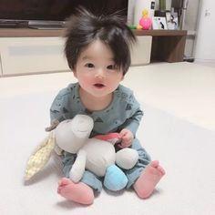Cute Asian Babies, Cute Funny Babies, Korean Babies, Asian Kids, Cute Baby Boy, Cute Little Baby, Little Babies, Cute Kids Pics, Baby Girl Pictures