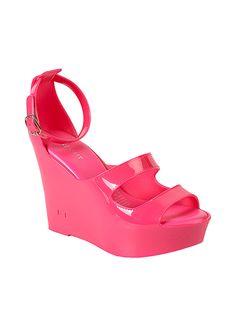 Nine West Sandalet Markafoni'de 159,00 TL yerine 44,99 TL! Satın almak için: http://www.markafoni.com/product/2961758/