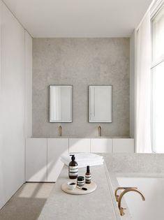 Penthouse S Westkaai Antwerpen 2015 Minimal Bathroom, Neutral Bathroom, Modern Bathroom, Colorful Bathroom, Bad Inspiration, Bathroom Inspiration, Bathroom Ideas, Bathroom Shop, Bathroom Remodeling