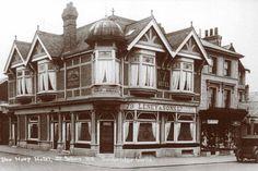 The Harp Hotel, St John's Road.