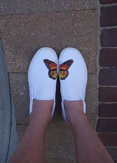 These hand painted Monarch Butterfly Vans are painted with water/washer proof fabric paint. They make a great gift for any butterfly, nature, vans or shoe lover Custom Vans Shoes, Custom Painted Shoes, Hand Painted Shoes, Painted Vans, Painted Canvas Shoes, Painted Sneakers, Custom Made Vans, Custom Converse, Butterfly Shoes