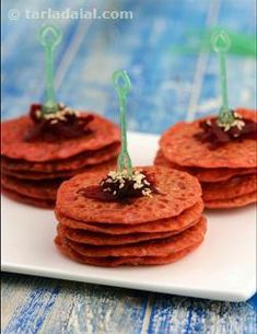 Rice and urad dal is a perfect formula, whether in the form of idli, dosa or upma, as the duo gives a perfect combination of energy and protein needed for a busy day. These Mini Beetroot Pancakes are all the more wondrous because they pack in more protein from soya flour, vitamins from beetroot and iron from til. Even kids who do not like beetroot will surely indulge in these pancakes as they are colourful and yummy!