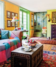 House Tour: A Colorful, Patterned Farmhouse Bohemian Living, Bohemian Decor, Bohemian Design, Bohemian Style, Apartment Therapy, Cape Style Homes, Deco Boheme, Eclectic Decor, Historic Homes
