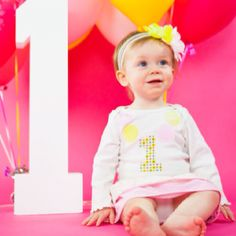 First Birthday Picture pink and yellow