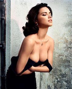 http://fakevaginastore.com/apollo-power-stroker Adriana Lima