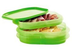 Keep Sandwich Fixings Fresh in This Space-Saving Set! From meats to cheeses to tomato slices, keep your favorite sandwich ingredients deli-fresh a Tupperware Storage, Food Storage, Deli Fresh, Tupperware Consultant, Sandwich Ingredients, Cold Cuts, Meat And Cheese, Tool Design, Decorating Tips