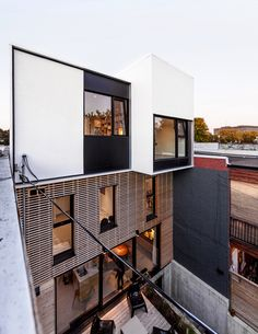 A conversion and rooftop extension for a young family in an existing duplex in Little Italy. Like an octopus, the meandering arms of the circulation system connect program elements and reach out to different openings to bring light into the center of the volume. Level changes, unexpected...