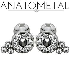 8ga Cluster Eyelets in ASTM F-136 titanium with CZ gemstones