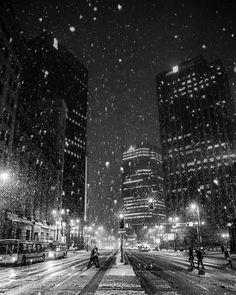 ITAP of a snowy Main Street in Winnipeg Manitoba. AKA Winterpeg Manisnowba http://ift.tt/2gH9qjS