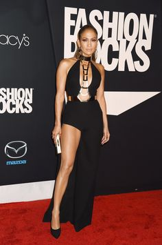 Jennifer Lopez was flawless on the red carpet tonight in #AtelierVersace at #FashionRocks. #VersaceCelebrities