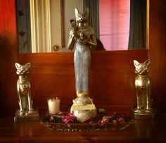 Bast guarding ashes of beloved pet. Photo by Sue Wheildon Bastet Goddess, Egyptian Cat Goddess, Egyptian Cats, Wiccan, Magick, Pagan, Witchcraft, Gods And Goddesses, Deities