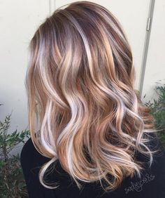 Medium Hair with Platinum And Golden Ribbons