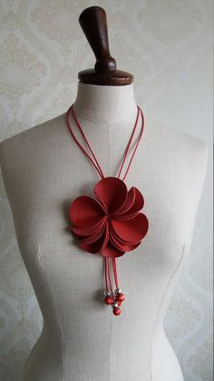 Finnish Vintage Aarikka Necklace with red leather flower Made in the Leather Flowers, Red Ribbon, Flower Making, Wooden Beads, Red Flowers, Beautiful Necklaces, Red Leather, How To Make, Etsy