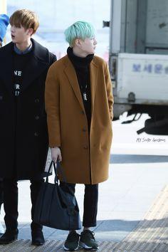 [15.11.30] Incheon Airport (heading to Hong Kong)