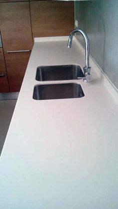 Spiti Experts  Ανακαίνιση κουζίνας  Ecoανάπτυξη Sink, Home Decor, Sink Tops, Vessel Sink, Decoration Home, Room Decor, Vanity Basin, Sinks, Countertop