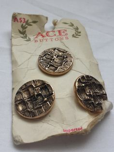 Vintage Buttons, metal buttons, gold tone buttons, A53 Ace buttons, original packaging, vintage crafts, dressmaking - pinned by pin4etsy.com