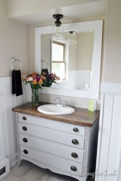 8 great vanities from rate my space pedestal sink bath for Bathroom design dundee