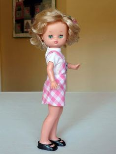 Erase una vez: LESLY Nancy Doll, Vintage Dolls, Flower Girl Dresses, Summer Dresses, Wedding Dresses, Accessories, Fashion, Doll Dresses, Doll Clothes