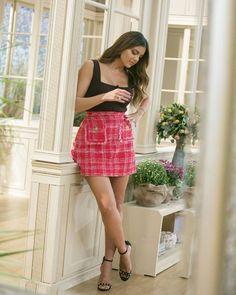 The girl in the skirt!  @stam_tsimtsili wearin