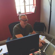 We're working hard up until the end! Everett, our Sr. Project Manager & Head of Client Branding, has been working diligently all week with some major brands in the entertainment industry. Let's hear it for Everett and the team! #WorkingHard #ClientBranding #CorporateBranding #Branding #logos #creative #agencylife