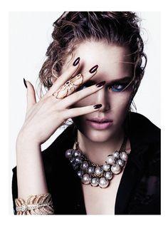 stockton johnson beauty5 Shine Bright: Zo Nowak by Stockton Johnson for Elle Vietnam