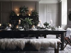 Ensure that this year's Christmas dinner is one to remember. Discover some beautifully styled Christmas table decorations here at The White Company. Hanging Christmas Lights, Silver Christmas Decorations, Christmas Tree Set, Decorating With Christmas Lights, Christmas Room, Christmas Table Settings, Scandinavian Christmas, White Christmas, The White Company