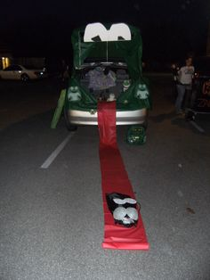 Trunk or Treat idea frog The ramp could be the tongue . Trunk or Treat idea frog The ramp could be the tongue . Trunk or Treat idea frog The ramp could be the tongue . Trunk or Treat idea Star Wars Halloween, Halloween Season, Halloween Night, Fall Halloween, Halloween Stuff, Halloween Car Decorations, Halloween Themes, Halloween Costumes, Trunk Or Treat