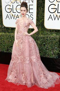 リリー・コリンズ 大舞台は皆の憧れ、プリンセスになりきる!